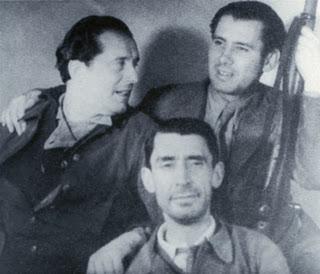 Alberti, Altolaguirre y Bergamín (sentado) en la guerra civil