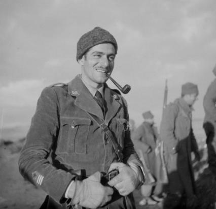Milton Wolff en algun lugar del frente en diciembre de 1937