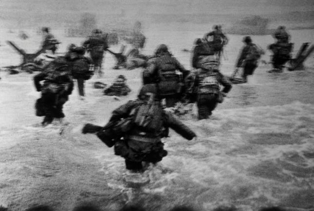 Robert Capa Desembarco en Normandía