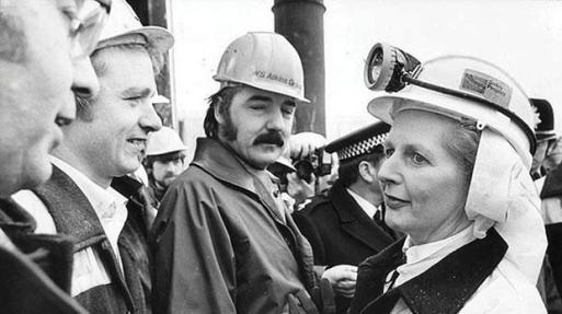 Thatcher con mineros