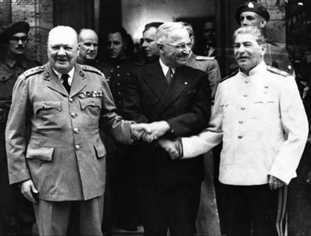 Canalla$  contra  canalla$. Churchill-truman-y-stalin-en-yalta