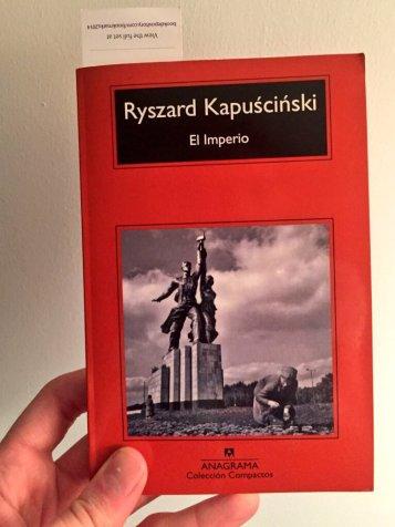 Gasol leyendo El imperio de Kapuscinski