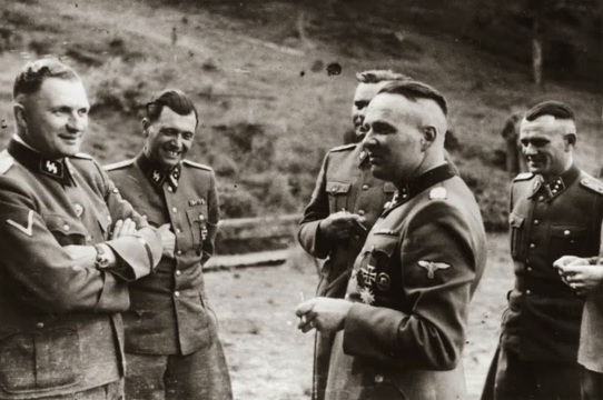 Karl Hoecker Album Laughing Auschwitz Mengele Höss