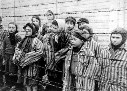Auschwitz 30