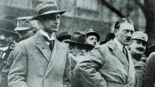 Rosenberg y Hitler en los años 20